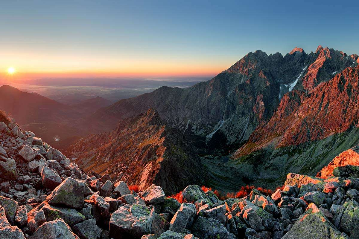 Revista INUA-Slovakia-Tatra-Mountains-web