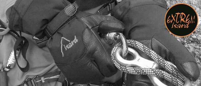 Revista INUA- guantes EXTREM ISARD-